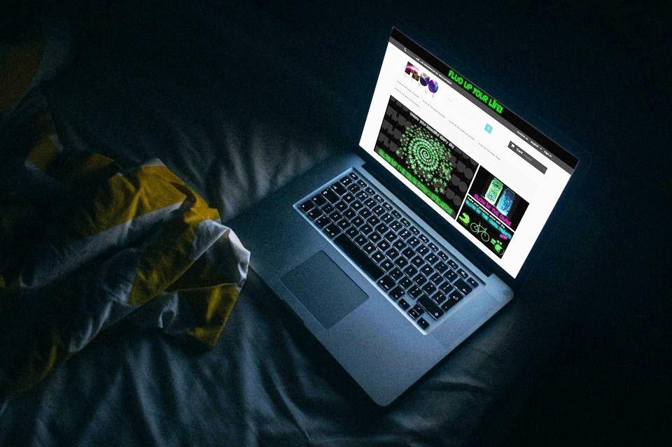 FluoStyle sito web ecommerce prodotti fluo